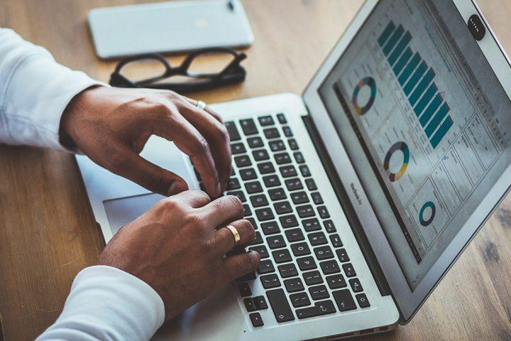 Vender cursos on-line: 5 grandes questões (e respostas) para 2020
